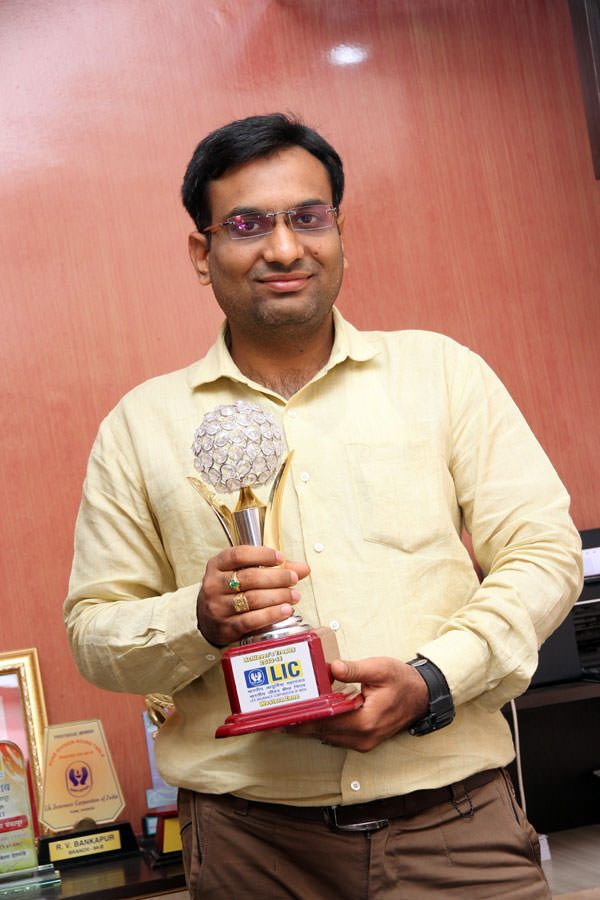 Mr. Vijay Bankapur